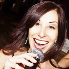 Gloria Carpenter - Vocalist